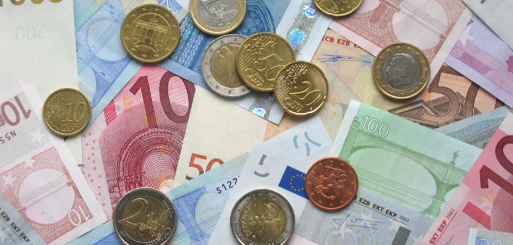 La falsificación de billetes está duramente castigada en otros lugares del mundo