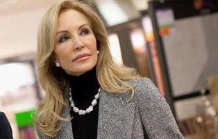 Carmen Lomana no se presentará a las elecciones del 26-J