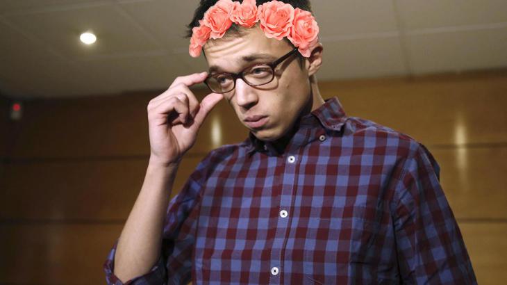 Cuando Íñigo se sube las gafas es que algo va a pasar