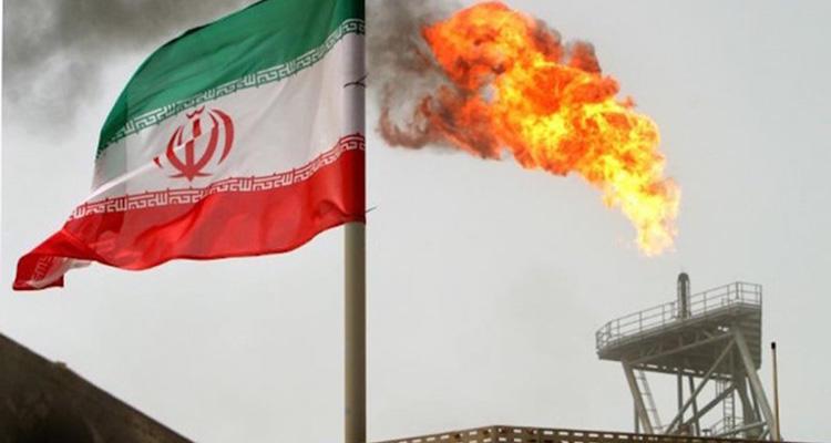Irán produce dos millones de barriles de petróleo al día