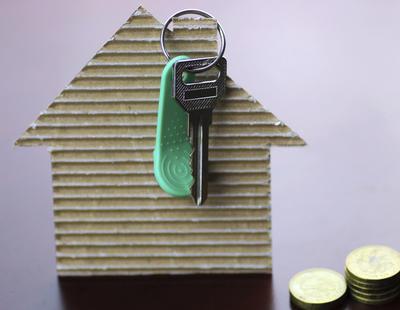 Un premio Nobel en economía desmiente las ventajas de comprarse una casa
