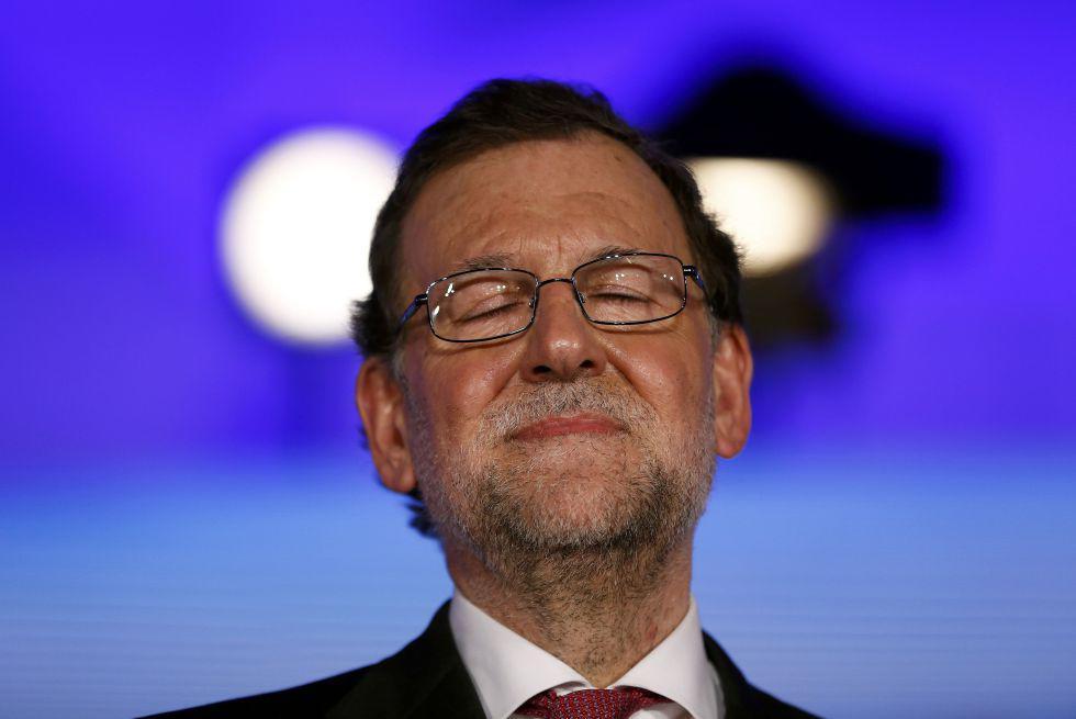 Los moderadores haciéndole el favor a Rajoy de no recordar los casos de corrupción en España #Debate13J