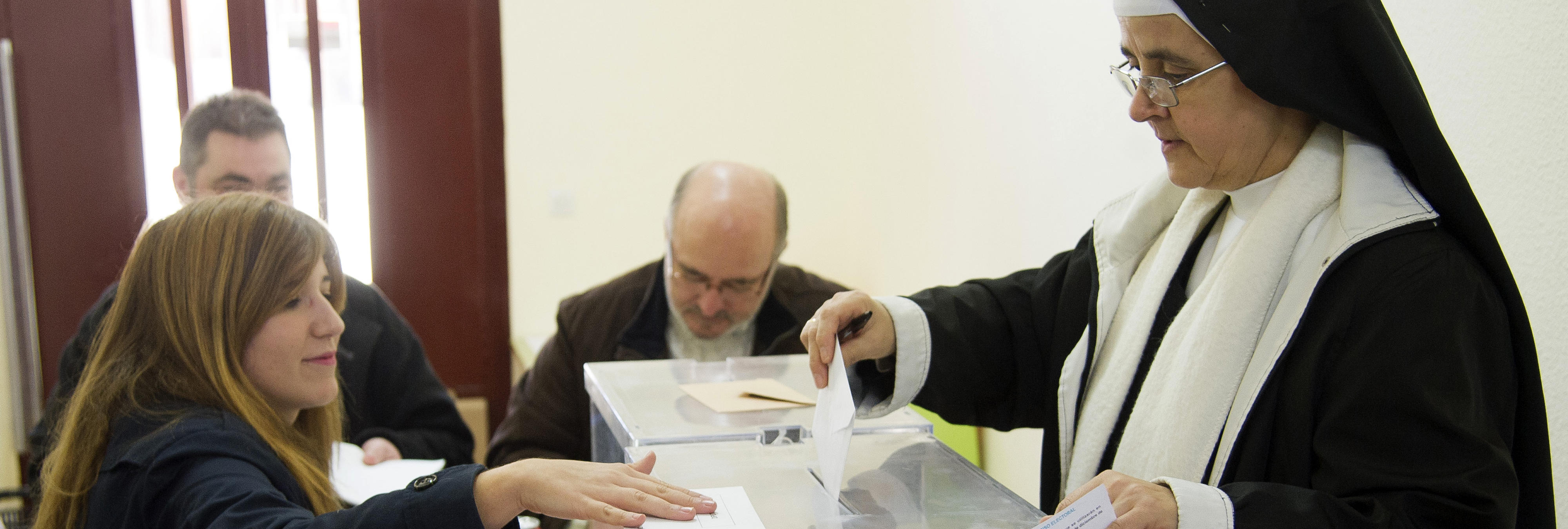 13TV solo deja votar por Rajoy o Rivera como ganadores del 'Debate a 4'