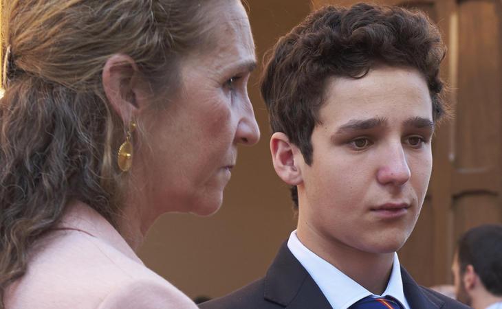 Froilán, en una tarde taurina con su madre
