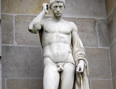 Resuelto el misterio: ¿Por qué las esculturas griegas tienen el pene pequeño?