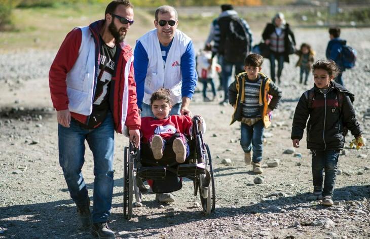 Médicos Sin Frontera en un campo de refugiados de Grecia