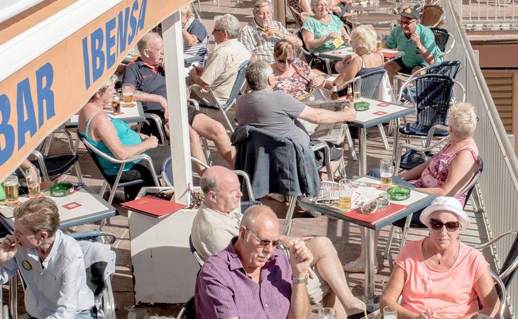 Turistas británicos en España