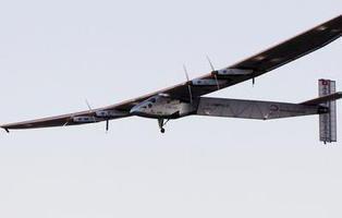 El avión ecológico 'Solar Impulse II' llega a Sevilla