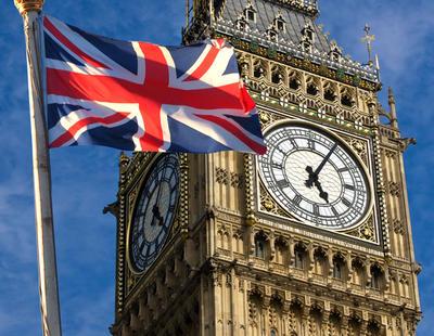Reino Unido da un 'sí' con dudas a abandonar la Unión Europea