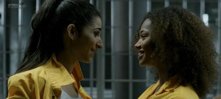 Berta y Alba eran Rizos y Saray en 'Vis a Vis'