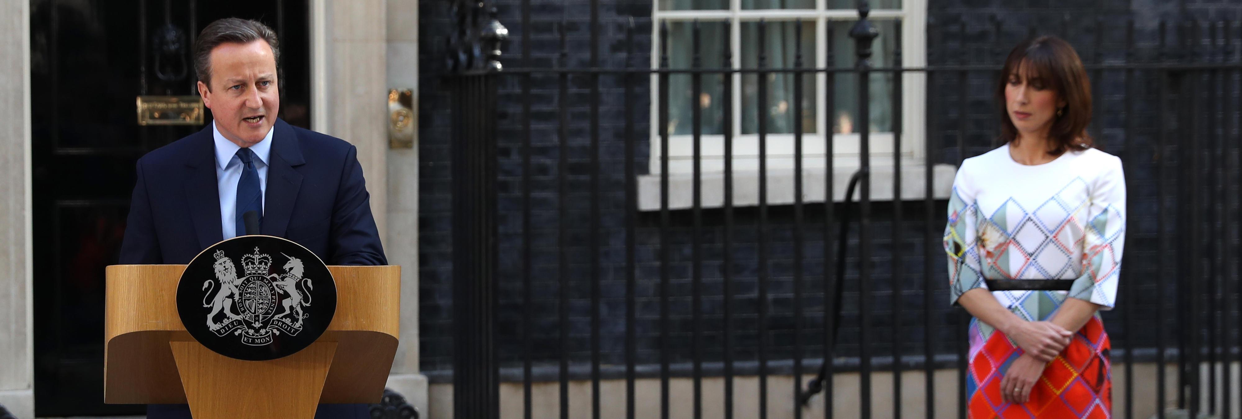 David Cameron dimite tras el 'sí' al Brexit
