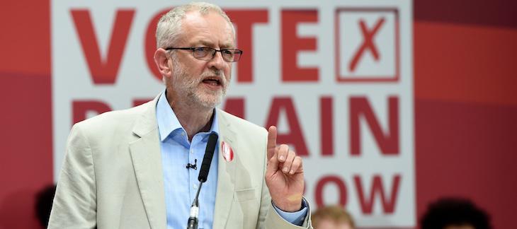 Jeremy Corbyn en un acto a favor de quedarse en la Unión Europea