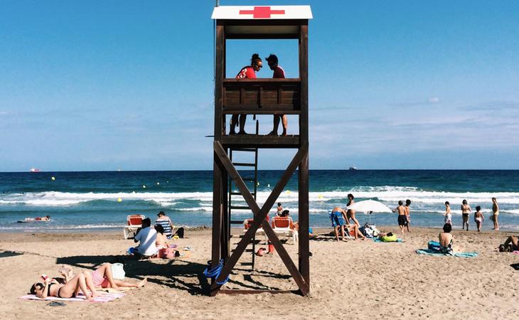 Los socorritas de playa podrán ir armados