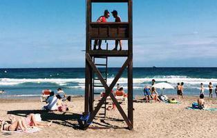 Los socorristas de las playas de Francia llevarán armas ante la amenaza de atentados terroristas