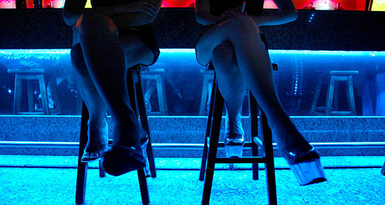 es legal la prostitución prostitutas denia