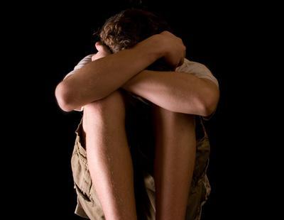 Un joven es liberado tras pasar secuestrado dos años por su padre