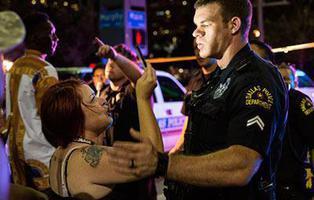 Un tiroteo en Dallas mata a 5 policías: Es 2016 y todavía existe tensión racial