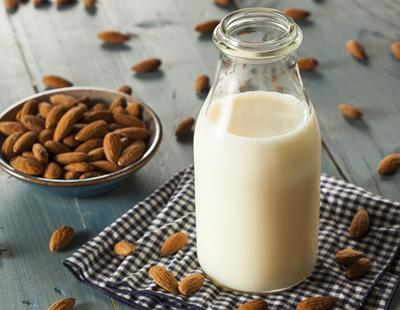 Pros y contras de las diferentes alternativas a la leche tradicional