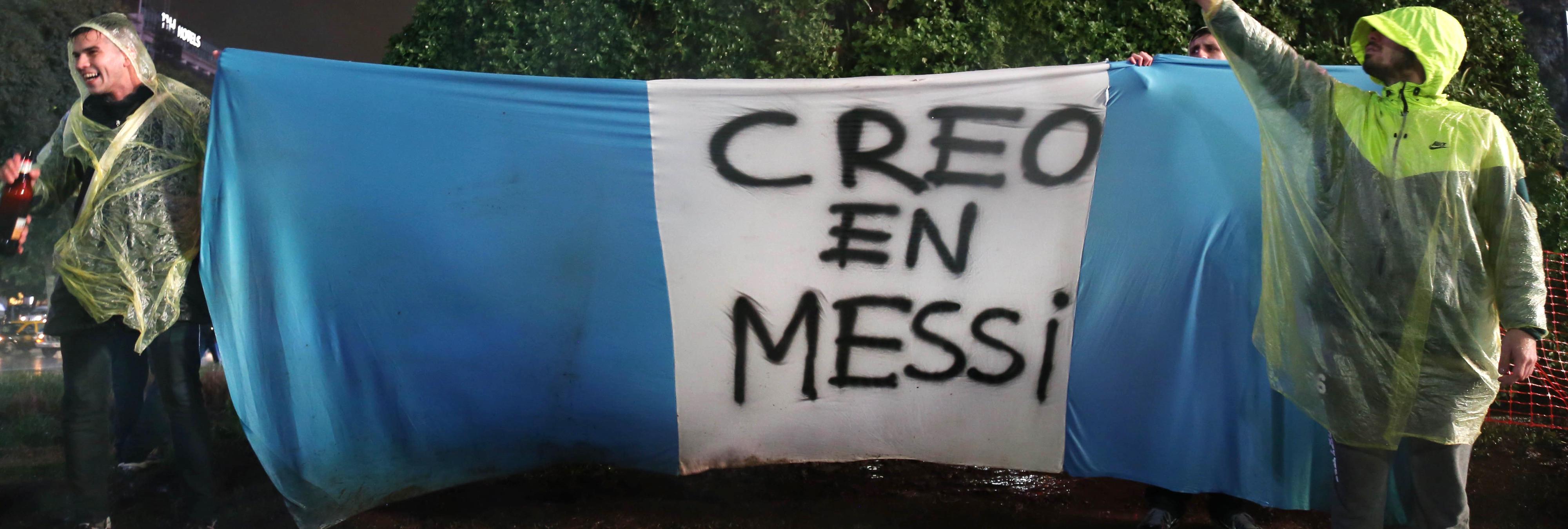No, Messi no es una nueva esposa enamorada que confiaba ciegamente en su marido