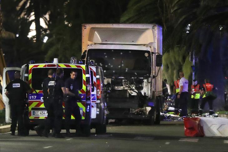 El camión utilizado en el atentado de Niza