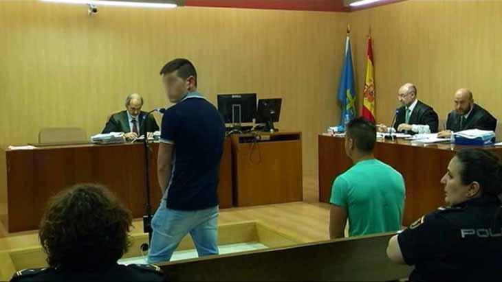 Los jóvenes condenados en el tribunal de Gijón
