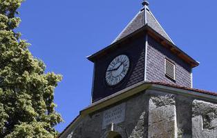 ISIS mata a un sacerdote tras secuestrar una iglesia de Normandía