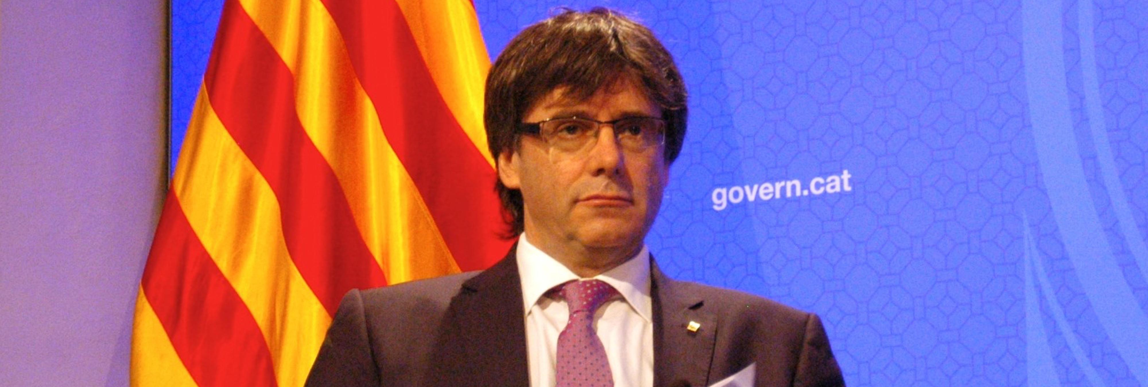 El Parlament catalán aprueba continuar con la independencia pese a la prohibición del Constitucional