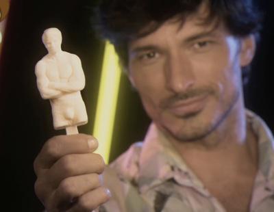 Hacen un helado con la forma de Andrés Velencoso y por fin podemos lamer su cuerpo