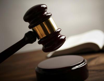 Dos acusados de homicidio imprudente se libran de ir a la cárcel porque el juzgado olvidó ejecutar la sentencia