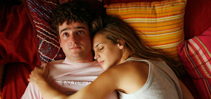 El 15% de los jóvenes de entre 20 y 24 años afirma no haber tenido ninguna pareja sexual desde los 18 años