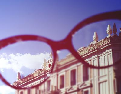 ¿Por qué cada vez hay más gente con miopía?