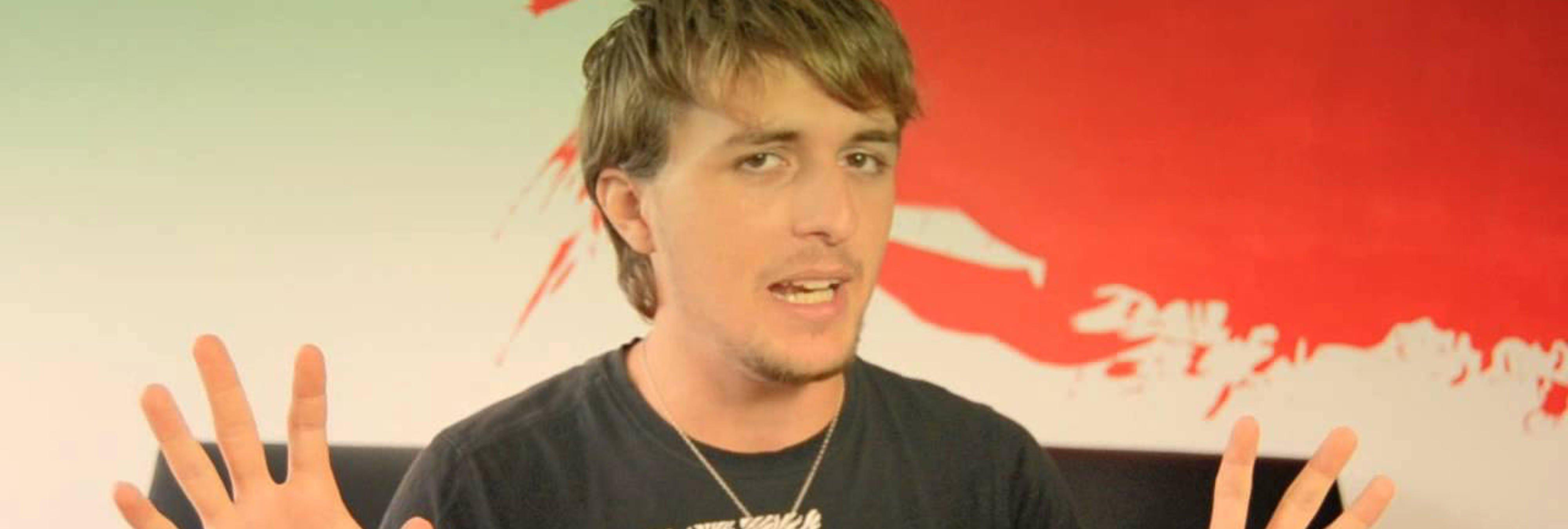El youtuber Dalas Review protagoniza una nueva polémica con acoso a menores de por medio