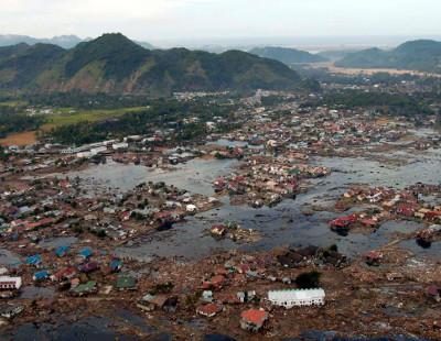 Un hombre encuentra a su hija desaparecida en el tsunami de 2004 doce años después