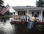 Una inundación destruye la casa de un líder cristiano que creía que Dios enviaba desastres naturales para castigar a gays