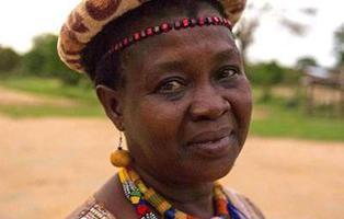 Theresa Kachindamoto, la mujer que ha roto 850 matrimonios infantiles en Malawi