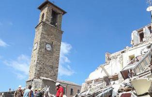 El misterio de la torre de Amatrice que resistió al terremoto de Italia