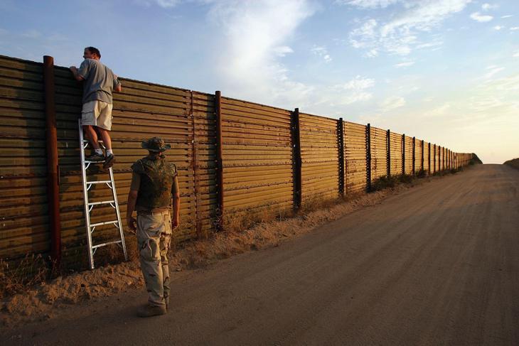 Muro entre México y California