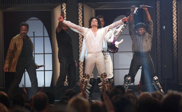 Los Jackson 5 volvieron a subirse al escenario en 2001