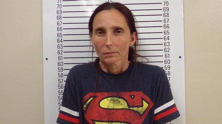 Patricia Ann detenida por incesto