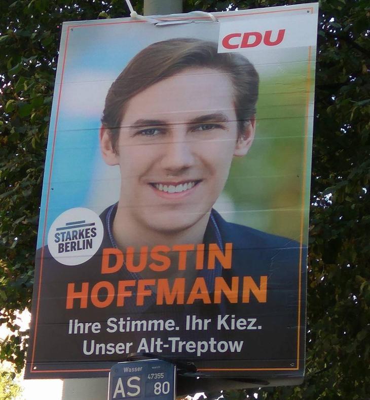 Los carteles de Dustin Hoffmann en Berlín (Foto: Manel Badosa para Los Replicantes)