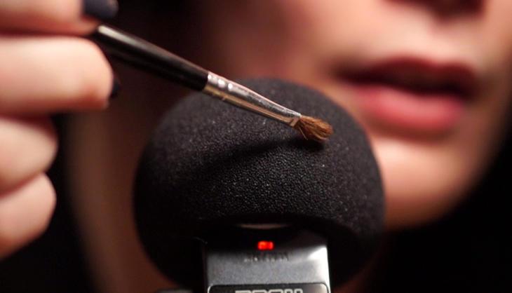 Un pincel deslizándose sobre una espuma puede provocar ASMR