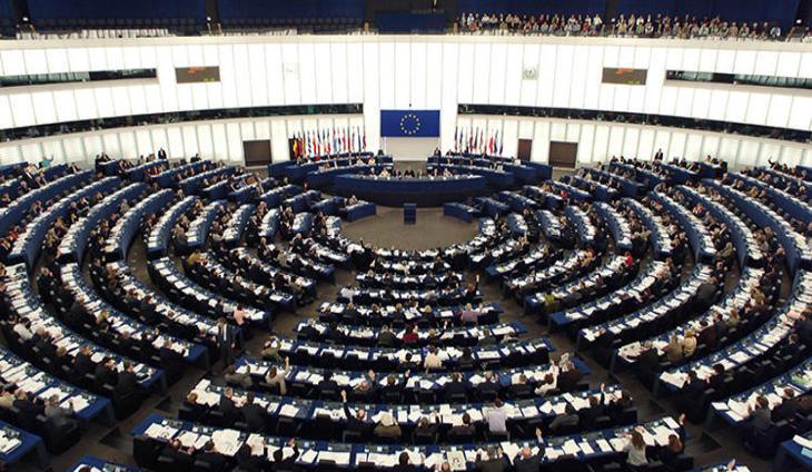 Europa no multará a España pero obligará a un recorte de 10.000 millones de euros