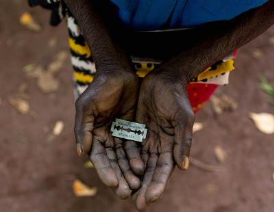 Se aprueba en África la prohibición de la mutilación genital femenina