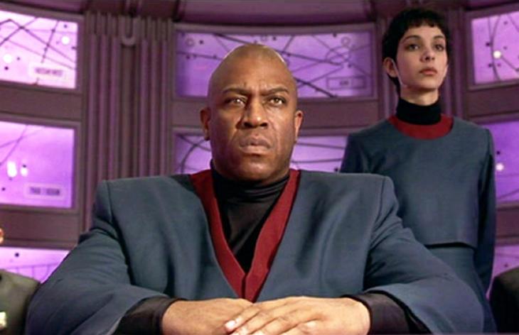 Tom Lister Jr. el presidente de la pelicula 'El quinto elemento'.
