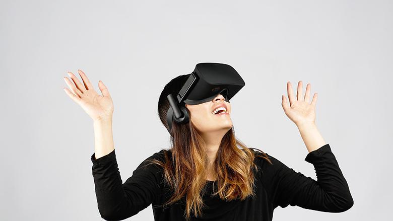 Las manos arriba el que quiera un Oculus