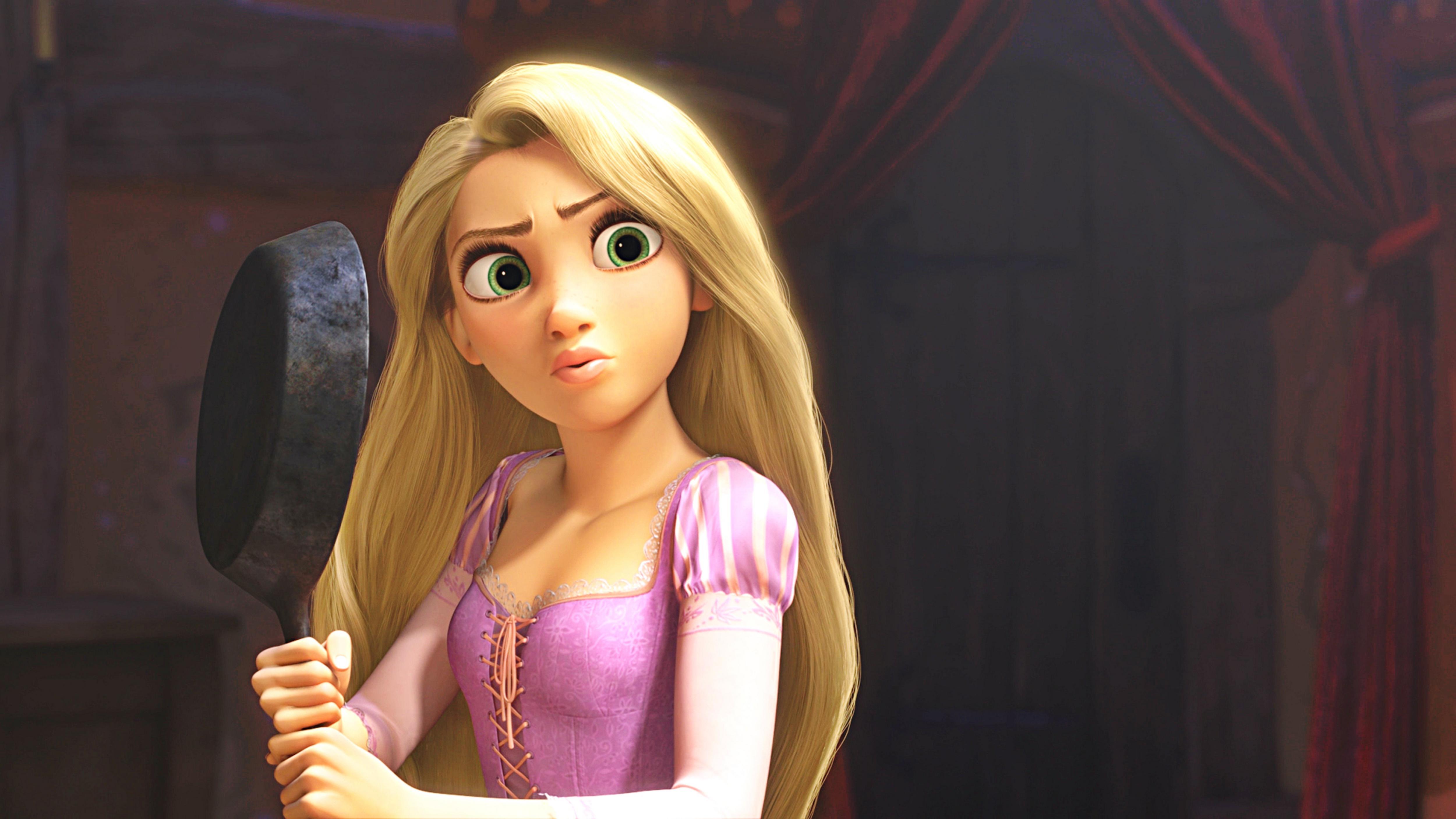 Rapunzel con la sartén