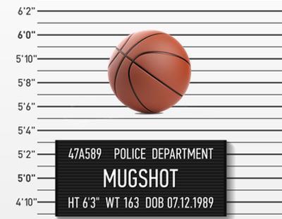 El alcalde de Albox arresta a una pelota