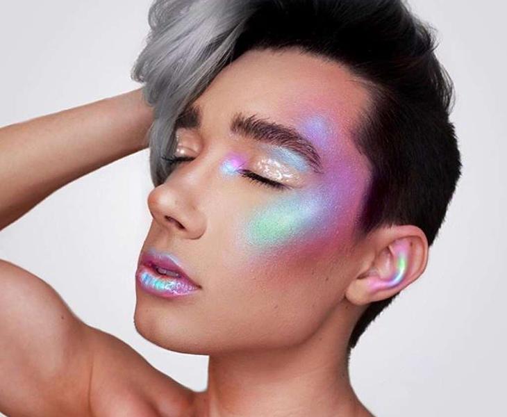 Uno de los maquillajes de James Charles
