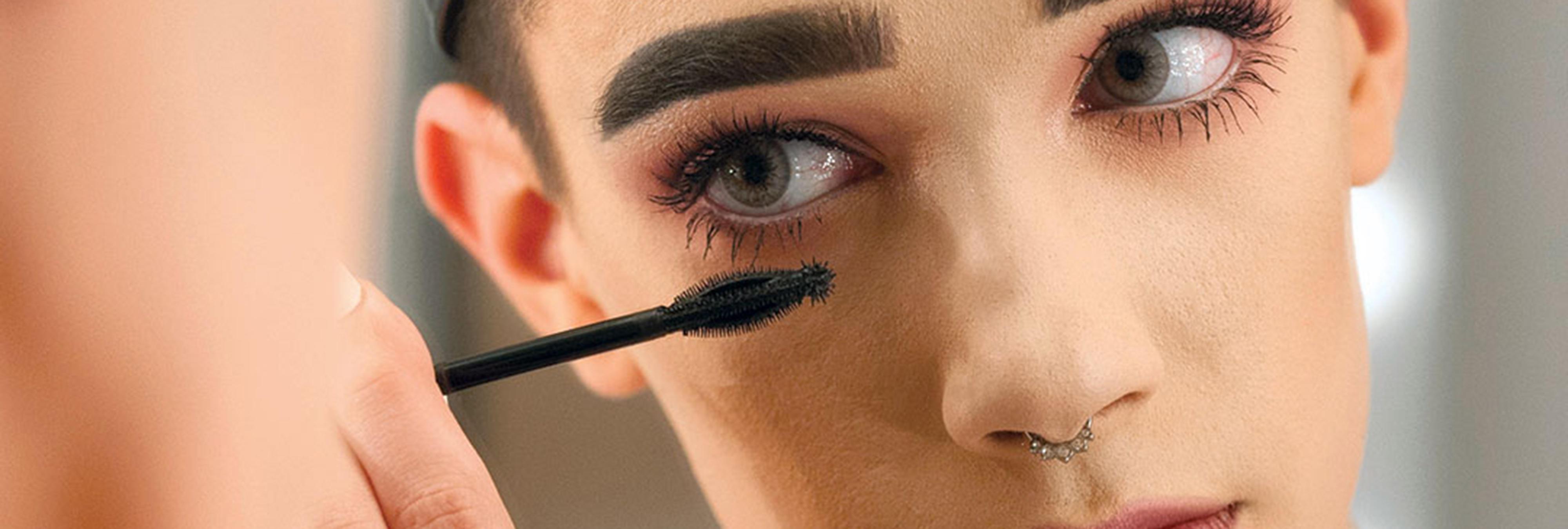 No, el maquillaje no es solo para mujeres