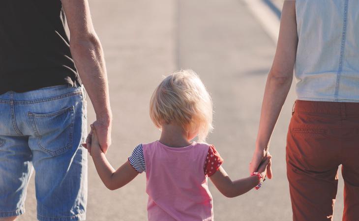 En Europa no se ha logrado una política común en los derechos de niños por maternidad subrogada